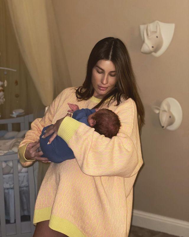 Кети Топурия с сыном Адамом