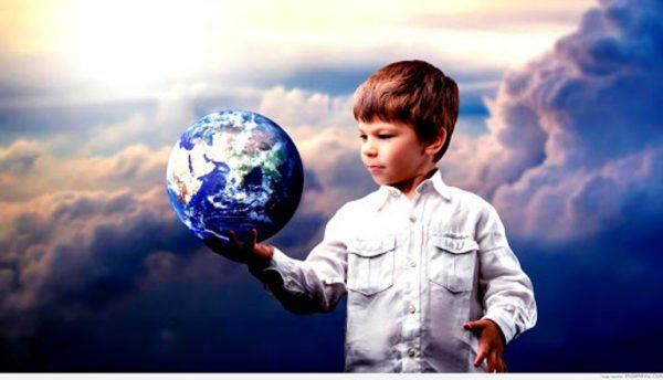 Ребенок изучает мир