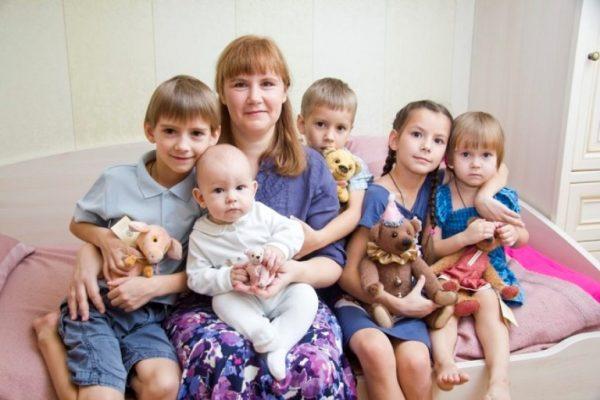 Мама и пять детей