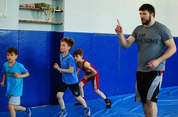 Мальчики в спортивной секции