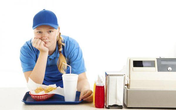 Работа официанта для подростка