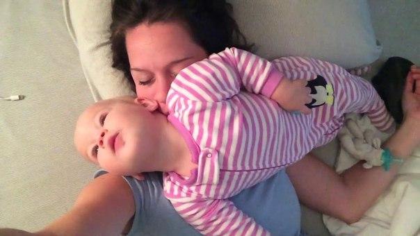 малыш не дает маме спать