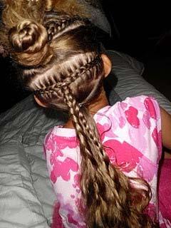 Divide the hair