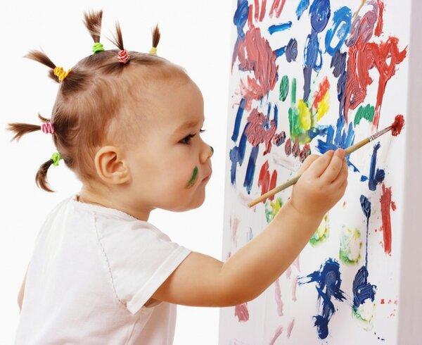 kid draws
