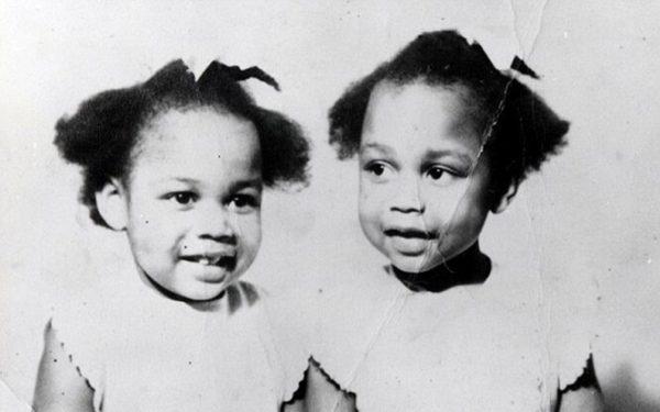 Маленькие близняшки Гиббонс