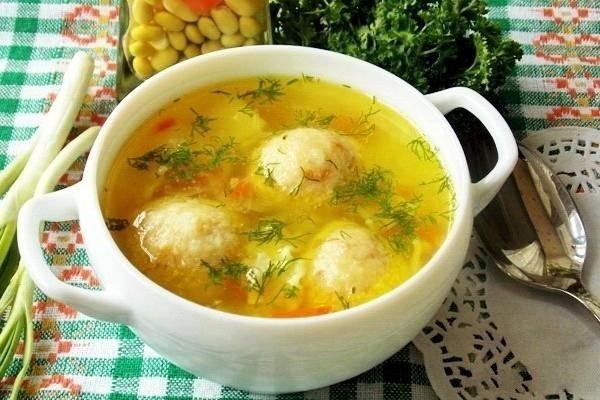 Cheese soup with cheese balls