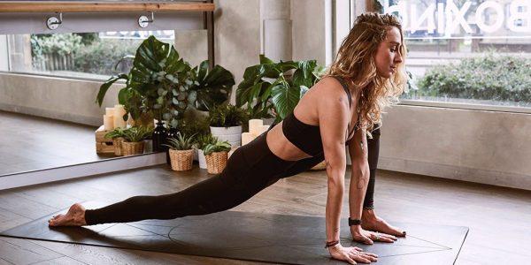 Йога для молодых мам