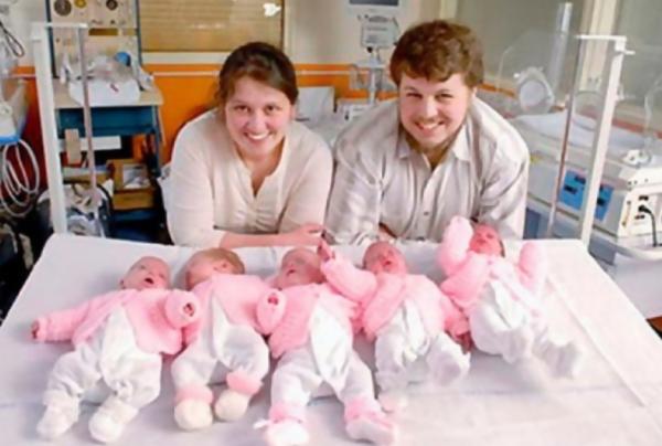 Артамкины с новорожденными