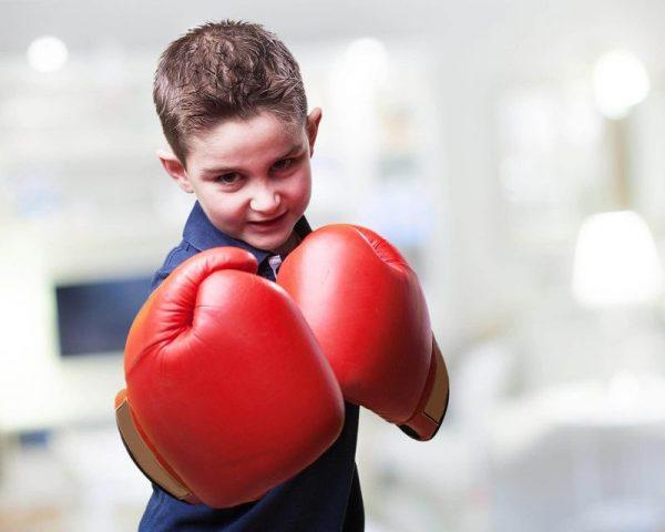 Надо ли учить мальчика давать сдачи? Опыт одного папы