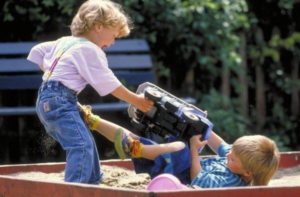 конфликт детей