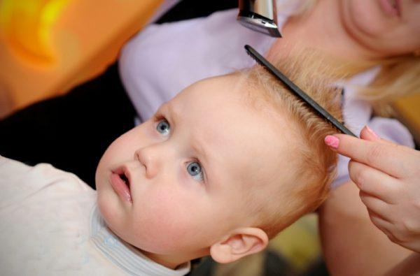 стрижка малыша