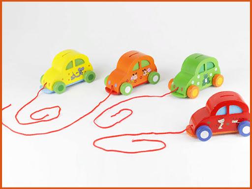 Машинки на веревочках