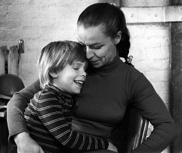 Итан Патц с мамой