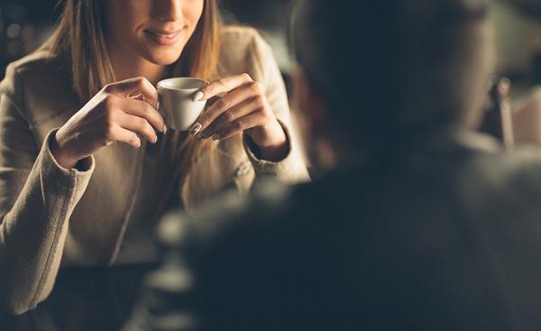 мужчина и женщина разговор