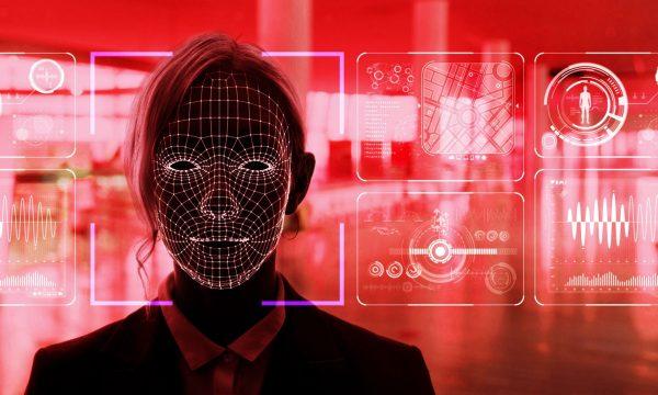Власти Москвы в 2022 году планируют ввести систему распознавания лиц в школах