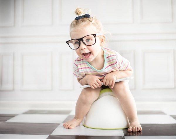 Примут ли ребенка в детский сад, если он все еще ходит в подгузнике - должны ли его обучать ходить на горшок