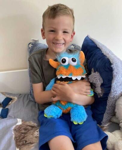 Worry Monster и мальчик